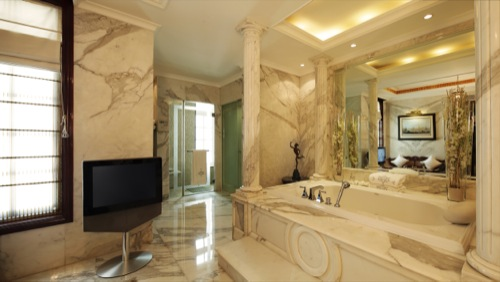 23 Royal Imperial Suite Bathroom